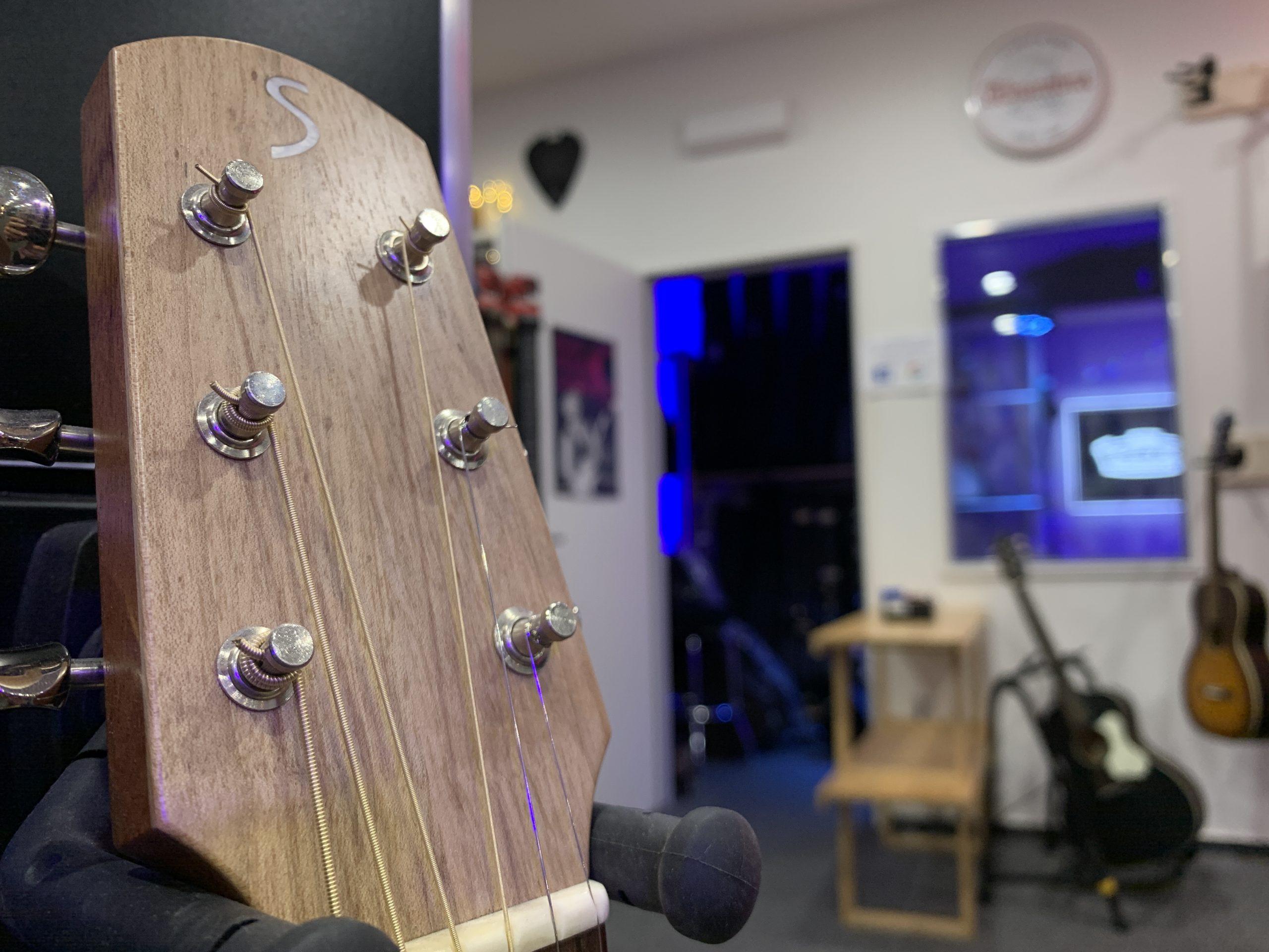 STOLL Kopfplatte Reisegitarre GUITAR NERDS